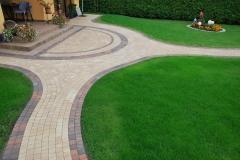 Lesznowola Libet kostka brukowa ścieżka Colormix Akropol Piccola trawnik