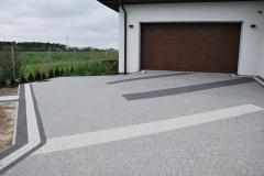 Wolica  - Libet Elegante -Piccola bianco carrara, granito, nero -  podjazd