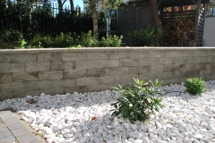Magdalenka - Libet Completto - Ogrodzenie Split popielate - murek betonowy w ogrodzie