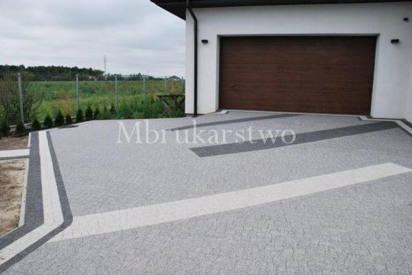 Piccola granito w połączeniu z kolorem bianco carrara i nero.