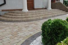 Tarczyn - Libet Completto - Palisada  Kravento  pastello -  schody z kostki,