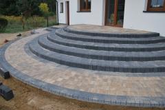 Grodzisk Mazowiecki - Libet Completto - Palisada betonowa Kravento antracyt, czarna - schody, obrzeża do schodów